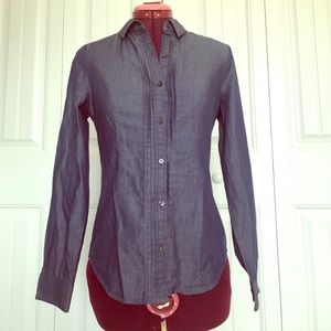 Express Button up Top. Size XS/TP